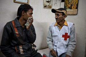 Gopal (28) meets with  Red Cross volunteer Sardam, who has been following him during the duration of his treatment. Gopal comes from Bihar and has moved to Jalhandar seeking for work at the age of 10.