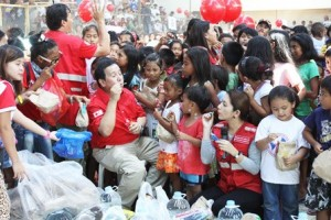Welcoming New Year with disaster-stricken families - Philippines Red Cross www.facebook.com/phredcross
